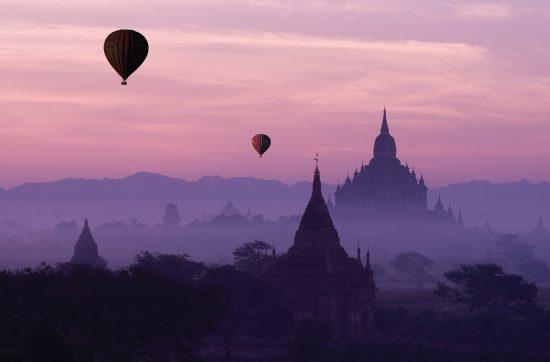burma-bagan_baloons