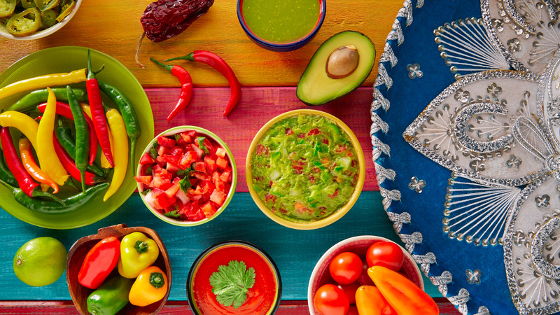 Intrepid Travel-mexico_salsa-food-guacamole-pico-gallo