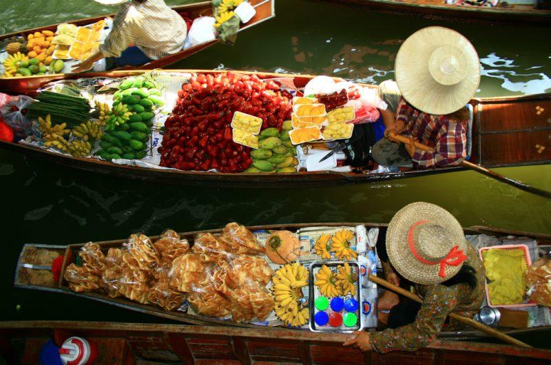 Intrepid Travel-vietnam_floating-market (1)