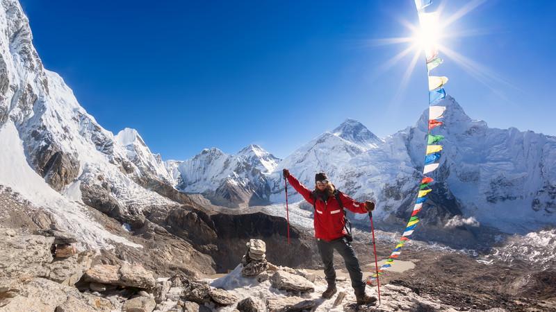 Intrepid Travel-nepal_everest_kala-patthar-peak_pax-flags