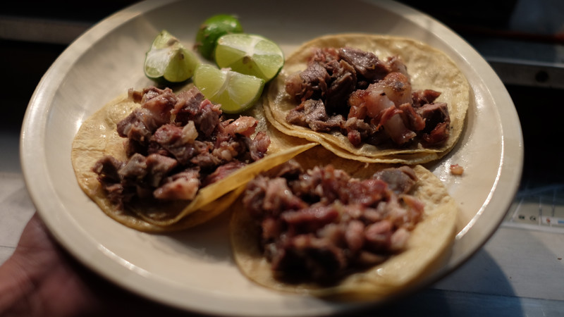 Intrepid-Travel-Mexiko-Mexico-City_Street-Food-Tacos