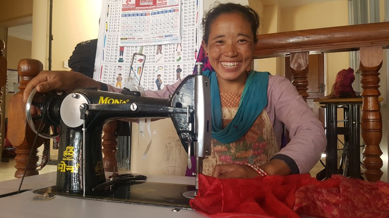 The-Intrepid-Foundation-Urban-Adventures-Nepal_Seven-Women_sewing7